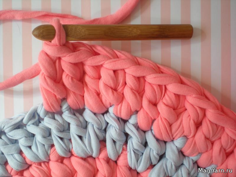 Толстые нитки для вязания ковриков крючком 63